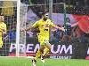 Raul Albiol esulta gol